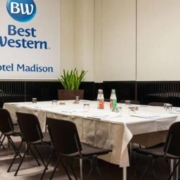 Anche-Best-Western-Hotel-Madison-al-Cleaning-Day-by-Centrale-District-il-30-giugno-via-Fara-torna-a-splendere-