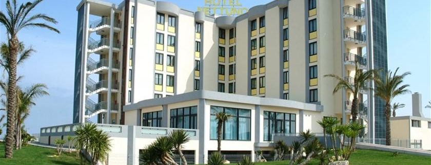 Sviluppo a Brindisi: Best Western Hotel Nettuno